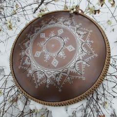 Guda Neo Drum, Carpathian design