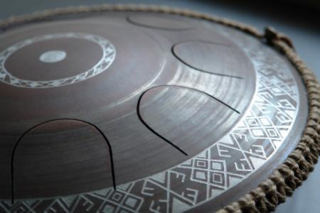 язычковый барабан Фризби. Украинский дизайн. Строй Equinox. фото 2